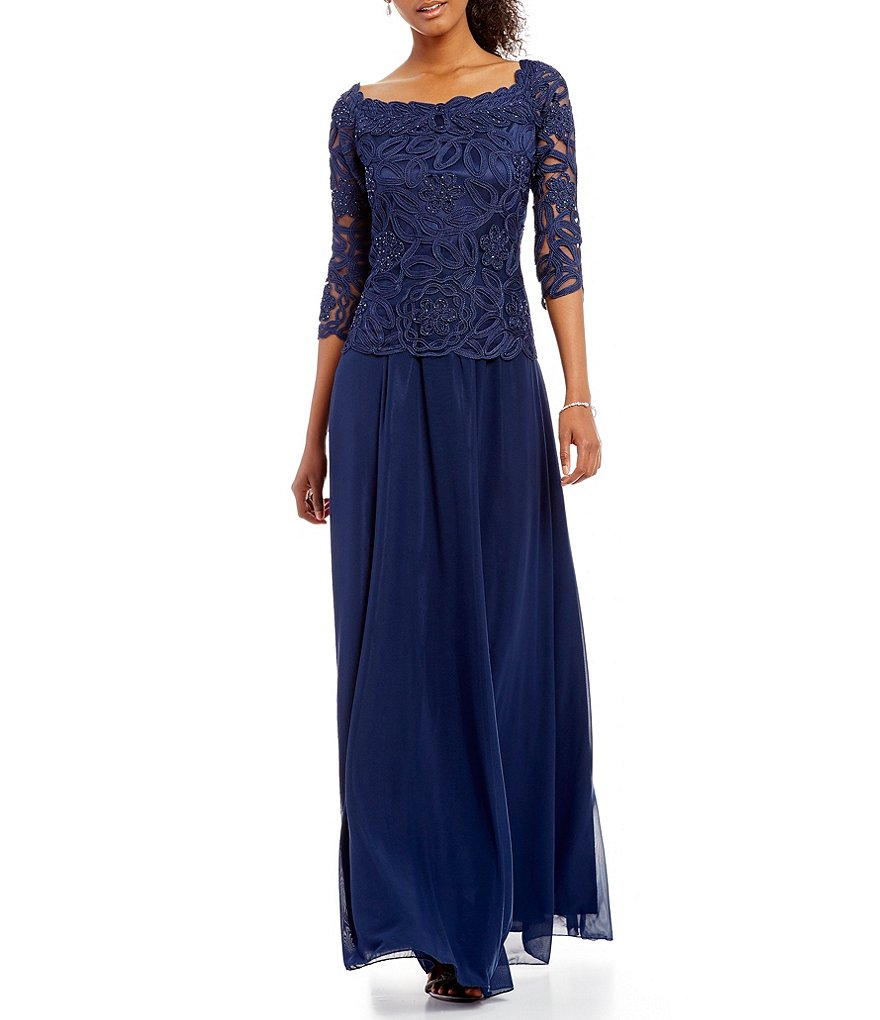Soulmates Embroidered Lace Gown