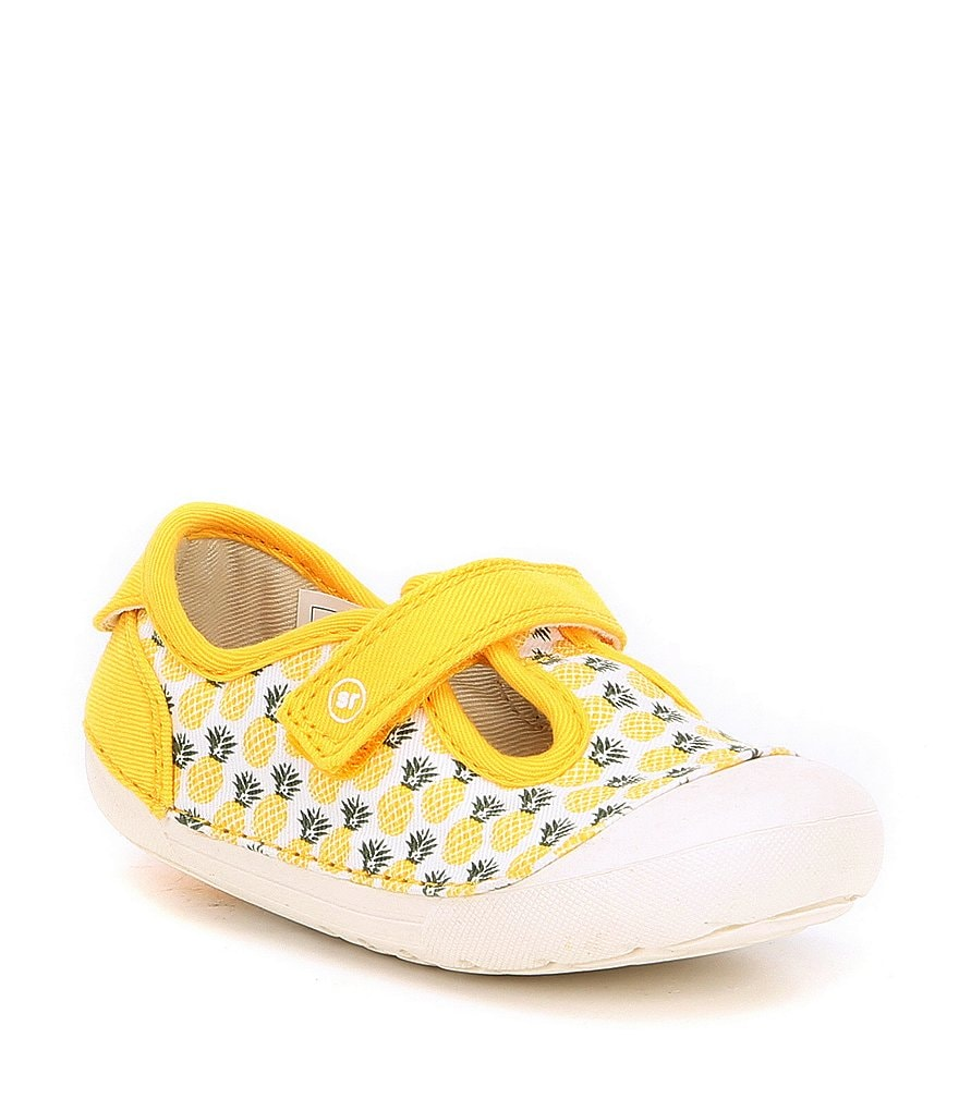 Stride Rite Girls' Hannah Pineapple Print Soft Motion Sneakers