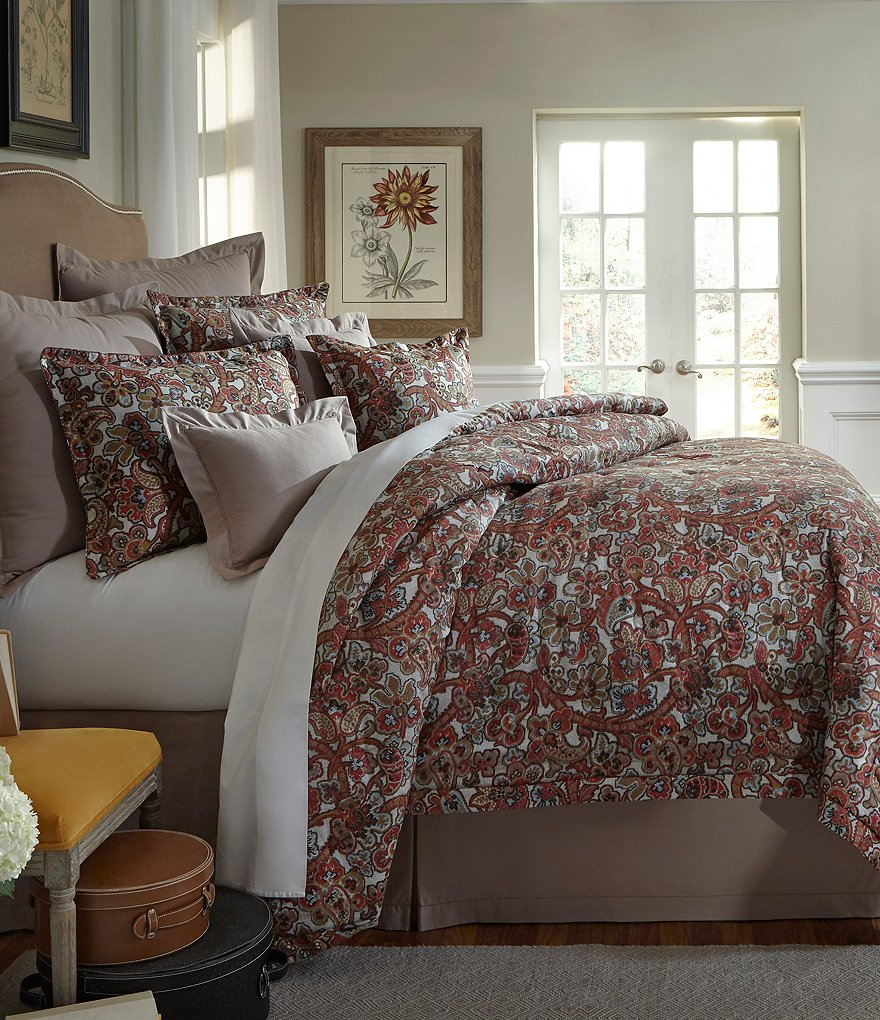 Villa by Noble Excellence Alara Floral Jacobean Comforter Mini Set