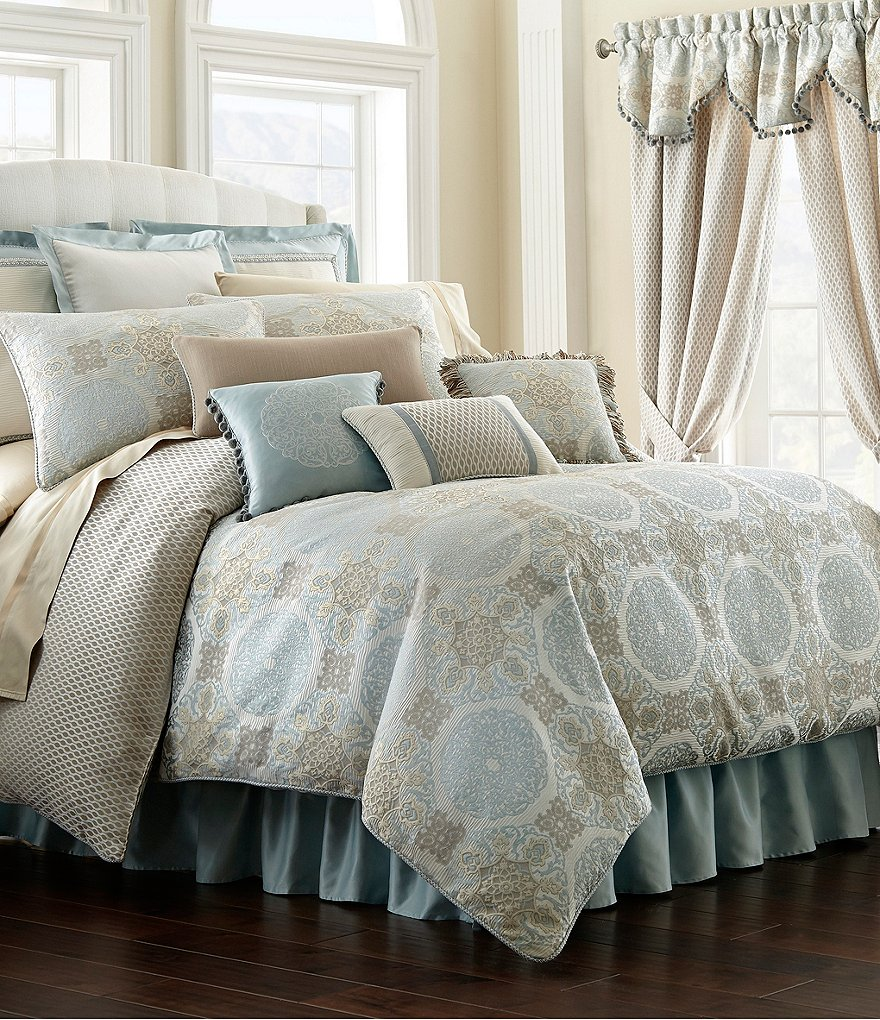 Waterford Jonet Jacquard Medallion Comforter Set