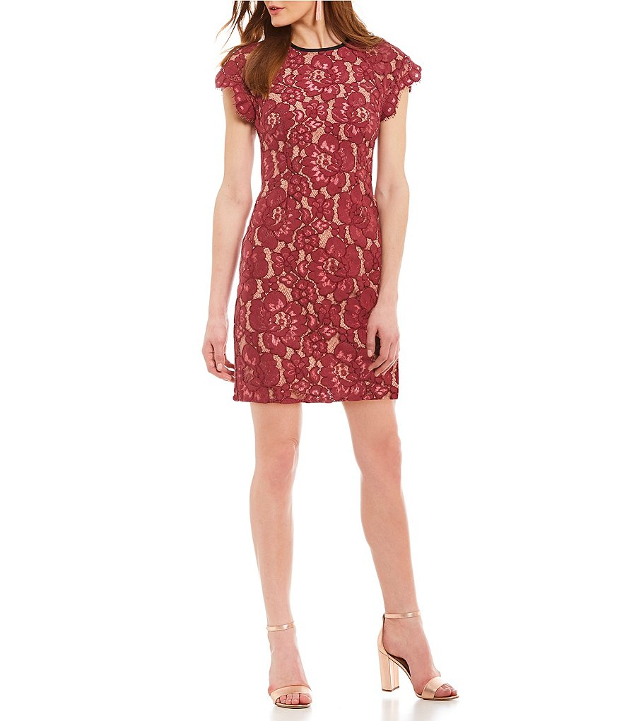 WAYF Tabbie Raglan Lace Dress