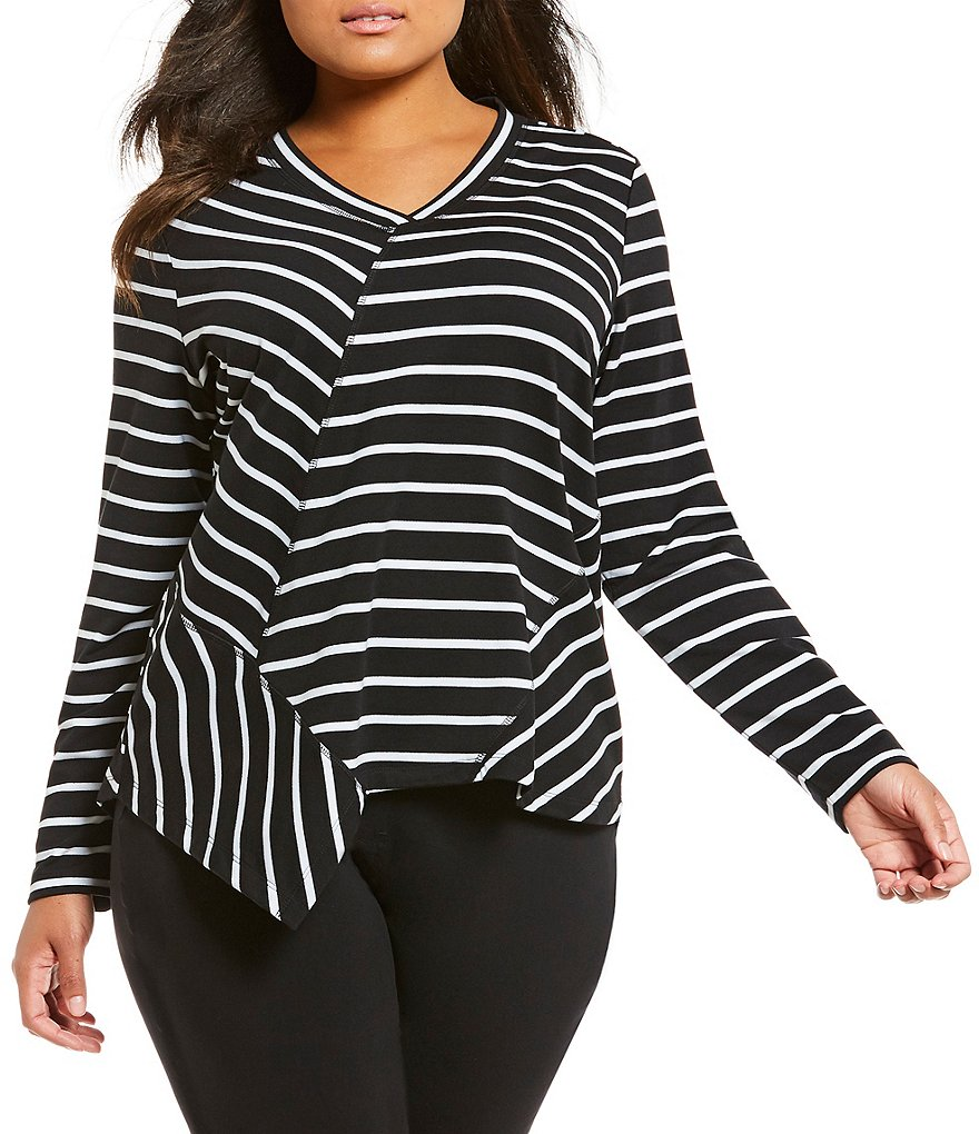 Westbound Plus V-Neck Pieced Tunic Top