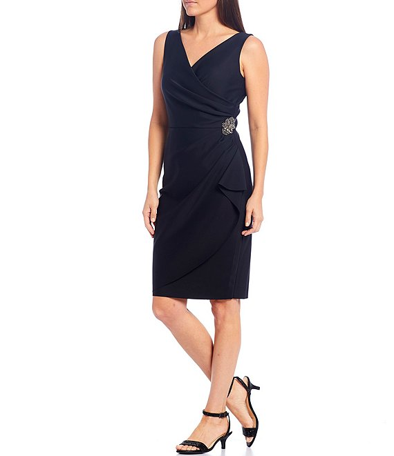 Color:Black - Image 1 - V-Neck Sleeveless Ruched Sheath Dress
