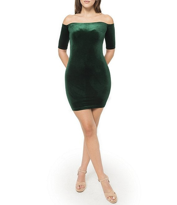 B. Darlin Off-The-Shoulder Velvet Fitted Dress