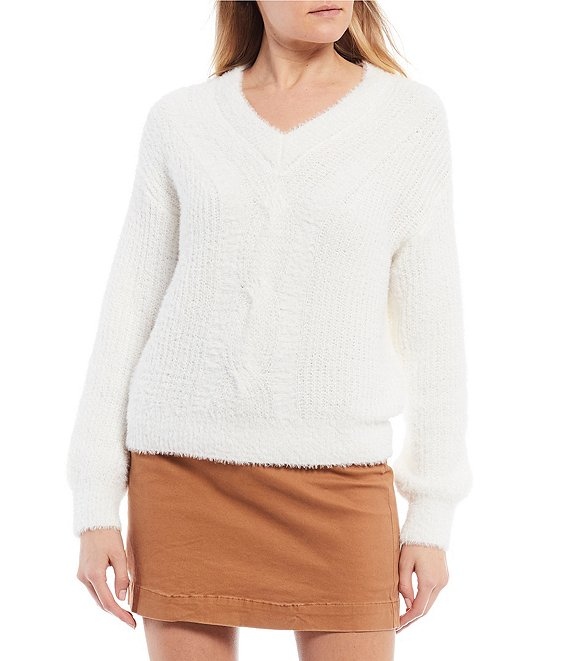 Color:Ivory - Image 1 - V-Neck Eyelash Sweater