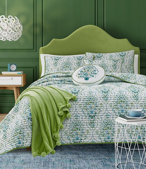 J. Queen New York Kayani Bedspread