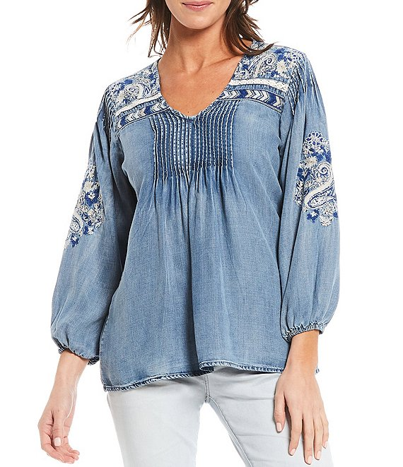 Color:Chambray - Image 1 - Embroidered V-Neck 3/4 Blouson Sleeve Chambray Tunic
