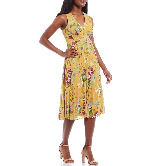 Color:Tuscany Gold Floral - Image 1 - V-Neck Pleated Light Slub Sateen Floral Print Midi Dress
