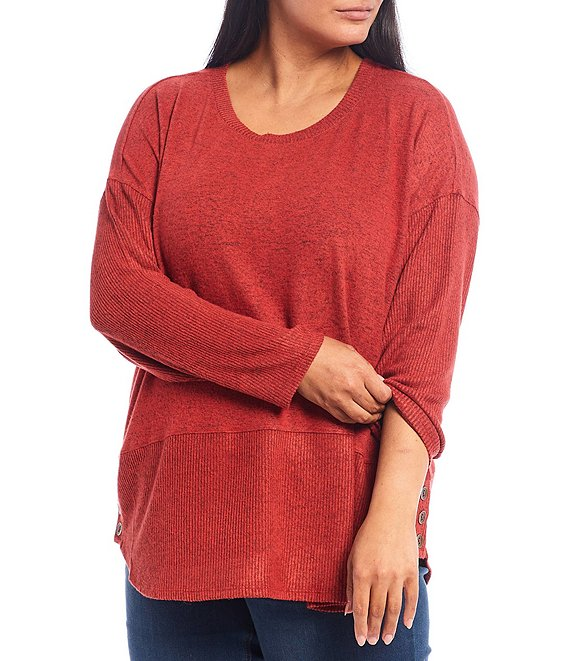 Color:Bossa Nova - Image 1 - Plus Size Scoop Neck Long Sleeve Button Hem Tunic