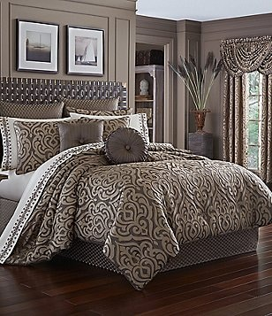 J. Queen New York Astoria Damask Comforter Set