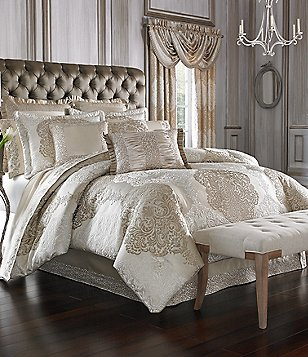 Beau J. Queen New York La Scala Gold Comforter Set