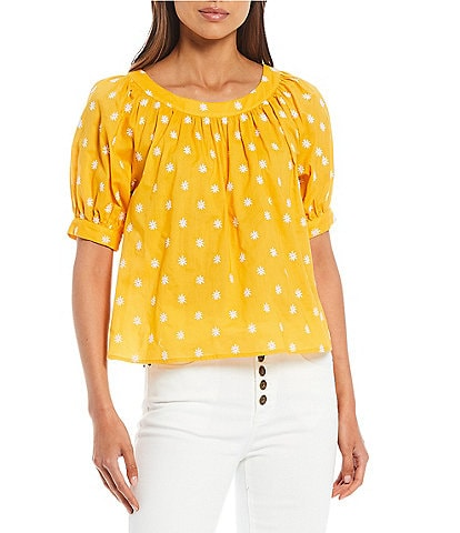 A Loves A Daisy Embroidery Peasant Blouse