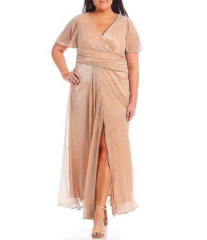 Adrianna Papell Plus Size V-Neck Metallic Mesh Elbow Short Sleeve A-line Gown