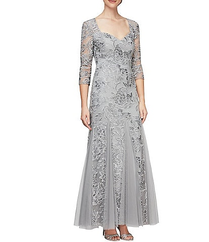 Alex Evenings Embroidered Stretch Tulle Sweetheart Neck 3/4 Sleeve Dress
