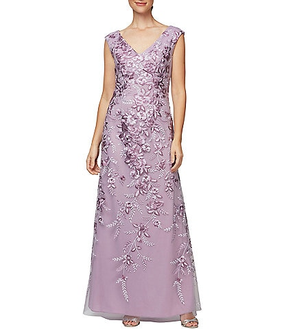 Alex Evenings Petite Size Floral Embroidered V-Neck A-Line Sleeveless Gown