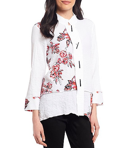 Ali Miles Printed Crinkle Hi-Low Mock Neck Novelty Button Front Blouse