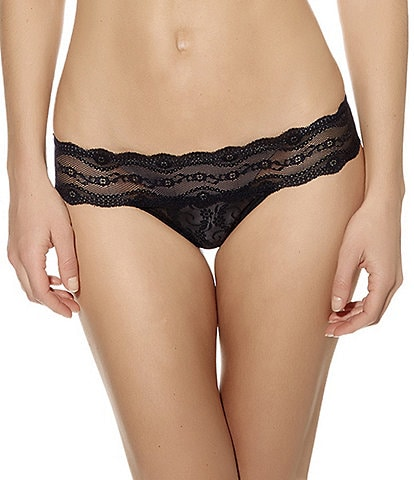 b.tempt'd by Wacoal Lace Kiss Thong