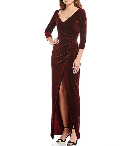 Betsy & Adam V-Neck 3/4 Sleeve Side Ruched Stretch Velvet Gown