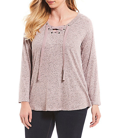Bobeau Plus Size Elena Lace Up Front Pullover