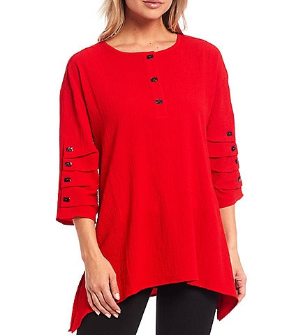 Calessa 3/4 Sleeve Button Detail Crinkle Tunic