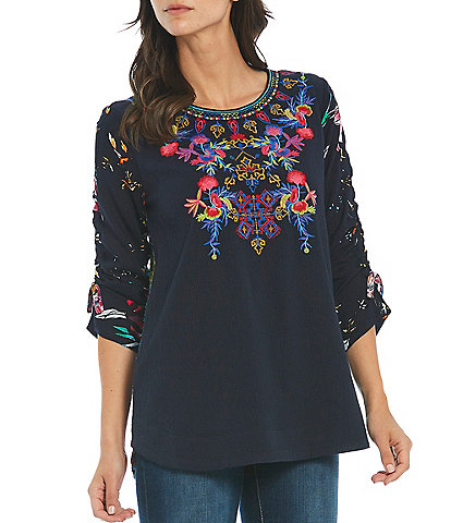 Calessa Contrast Tie-Dye Animal Back 3/4 Sleeve Jewel Neck Embroidered Crinkle Tunic