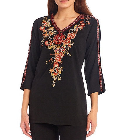 Calessa Mosaic Embroidered V-Neck 3/4 Sleeve Tunic