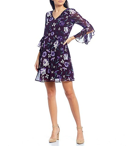 Calvin Klein V-Neck 3/4 Flutter Sleeve Floral Trapeze Dress