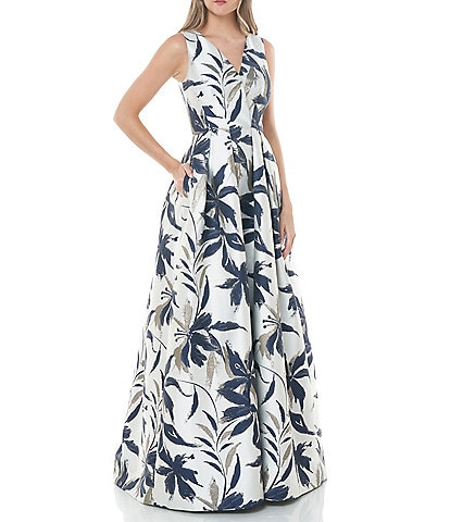 Carmen Marc Valvo V-Neck Abstract Floral Printed Metallic Jacquard Ballgown