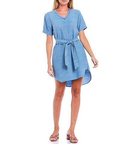 Chelsea & Violet Smocked Tie Waist V-Neck Short Sleeve Chambray Dress