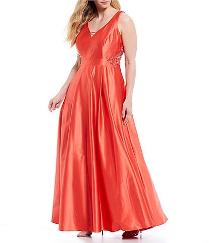 City Vibe Plus Sleeveless V-Neck Crochet-Side Satin Ball Gown