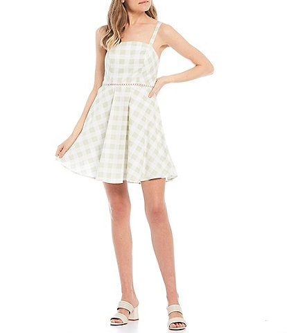 City Vibe Sleeveless Checked Bow-Back Fit-and-Flare Dress
