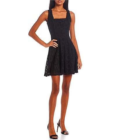City Vibe Sleeveless Patterned-Lace Fit And Flare Dress
