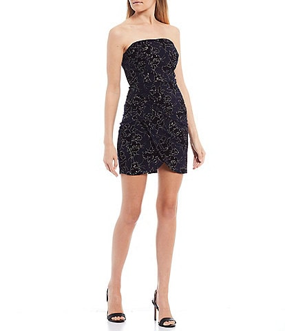 City Vibe Strapless Square-Neck Flocked Glitter Ity Dress