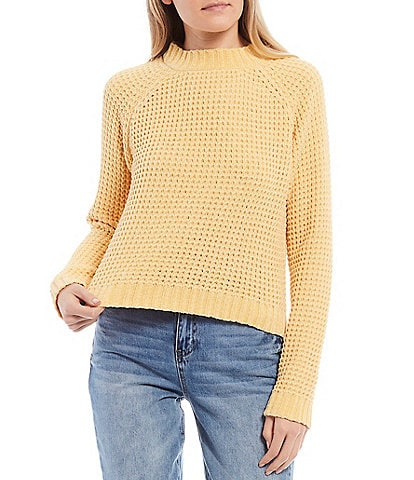 Coco + Jaimeson Long-Sleeve Chenille Sweater Top