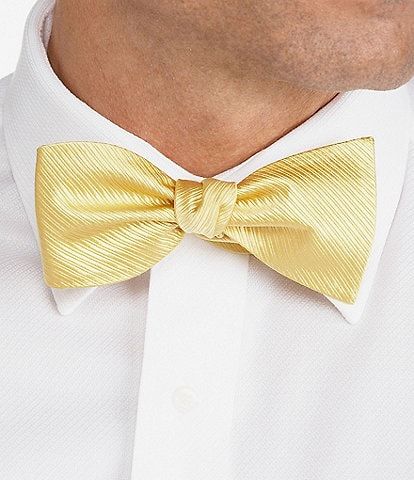 Cremieux Solid Ribbed Bow Tie