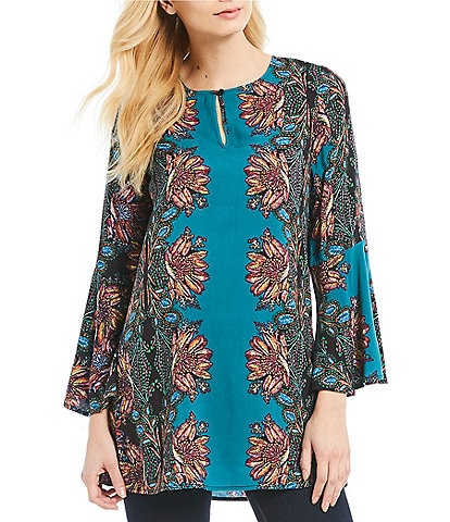 Cupio Floral Motif Bell Sleeve Tunic