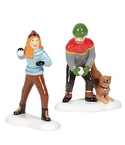 Department 56 Snow Village Winter Woodland Stand Off 2-Piece Figurine Set