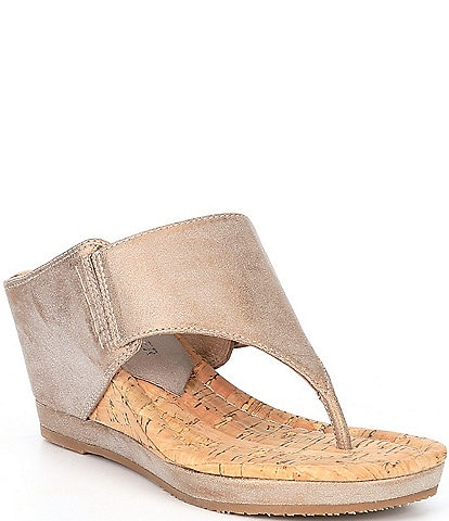 Donald Pliner Malone Leather Hooded Thong Wedge Sandals