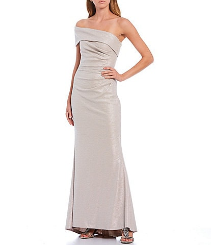 Eliza J Off-The-Shoulder Foiled Knit Gown