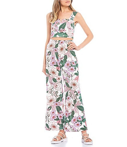 Evolutionary Coordinating Sleeveless Floral Cropped Top
