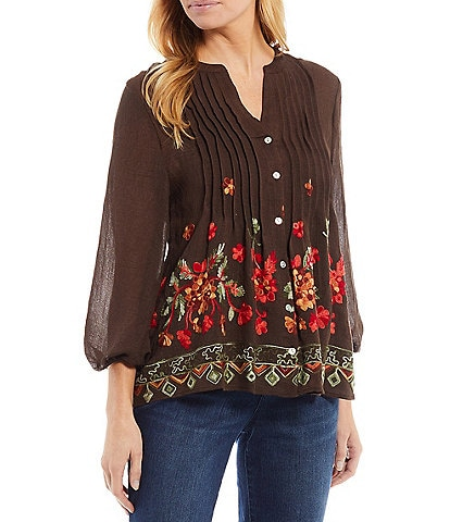 Figueroa & Flower Floral Embroidery Button Front Pintuck 3/4 Sleeve Alayna Peasant Blouse
