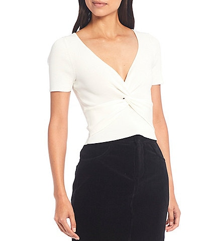 Gianni Bini Evan Ribbed Knit V-Neck Short Sleeve Twist Front Crop Top