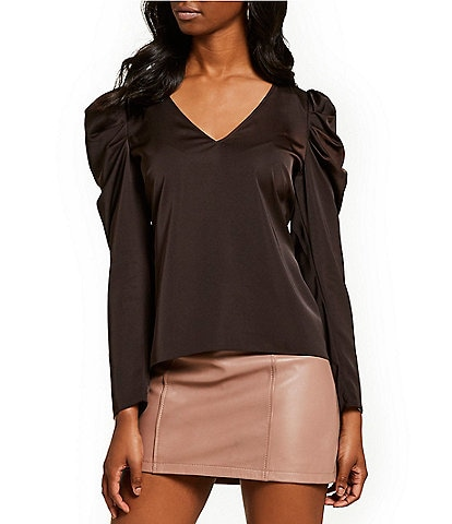 Gianni Bini Jienne Puffed Statement Shoulder V-Neck Blouse