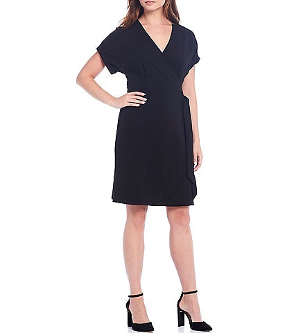 Gibson & Latimer Stretch Knit Crepe V-Neck Short Sleeve Wrap Dress