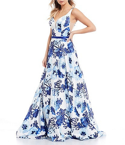 Glamour by Terani Couture Sleeveless V-Neck Floral Print Ball Gown