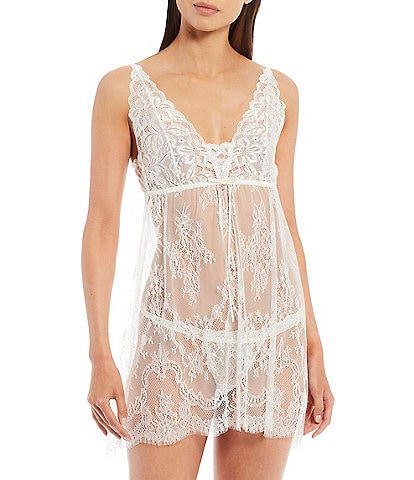 Hanky Panky Victoria Lace Chemise with G-String