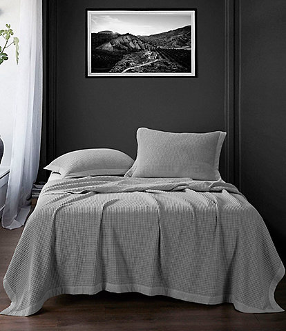 HiEnd Accents Waffle Weave Coverlet