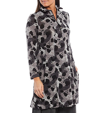 IC Collection Wire Collar Animal Print Long Sleeve Zip Front Tunic