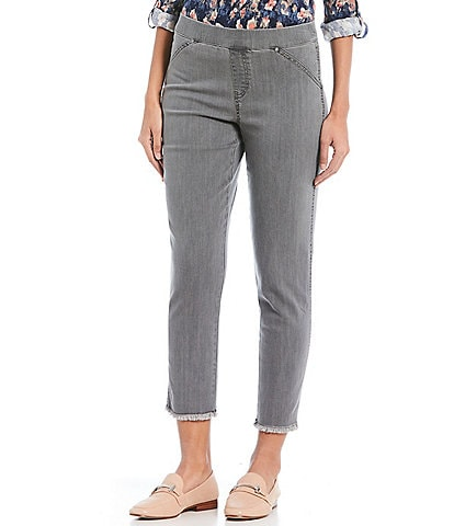 Intro Sheri Pull-On Frayed Hem Denim Capri
