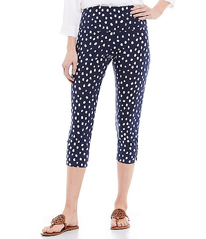 Intro Teri Love the Fit Dalmatian Print Knot Hem Detail Capri Leggings